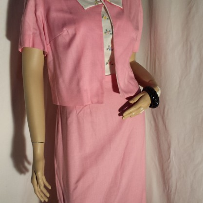 1960′s Pink Embroidered Good Girl 2 pc Sheath Dress & Jacket